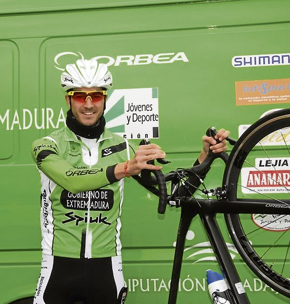 «En el ciclismo amateur se disfruta mucho». Entrevista a JorgeCúbero