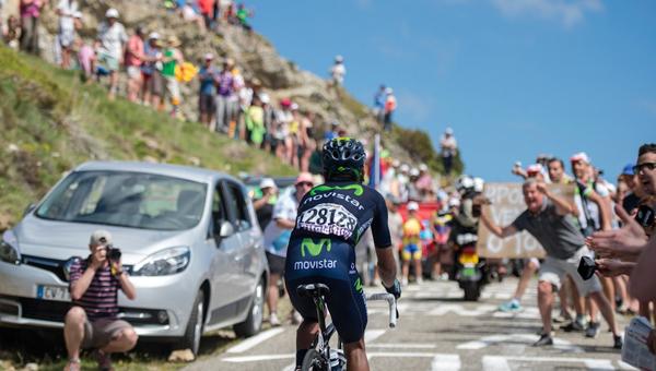 Al ataque en Palhieres. Este ha sido el único ataque lejano de Quintana en una gran vuelta.