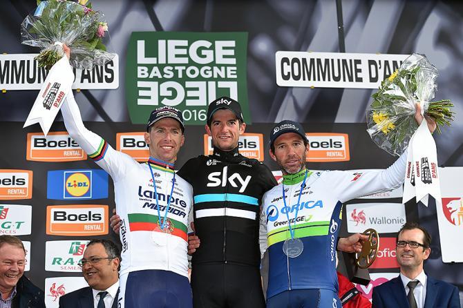 Poels ha logrado la victoria de su vida en un año que está siendo espectacular para él. Albasini fue segundo y Costa tercero. © Tim de Waele