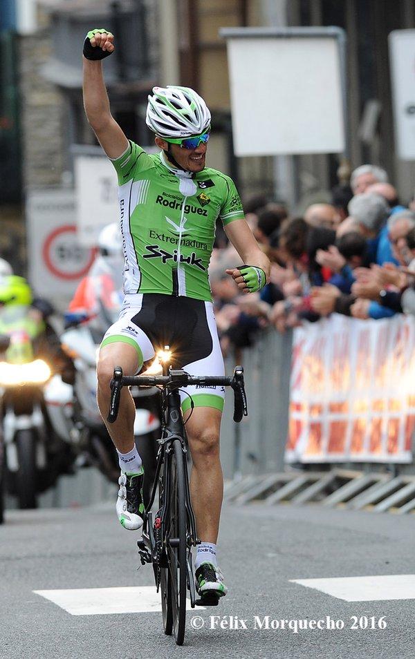 Jose Manuel Díaz Gallego (Bicicletas Rodriguez – Extremadura) vence en el MemorialValenciaga