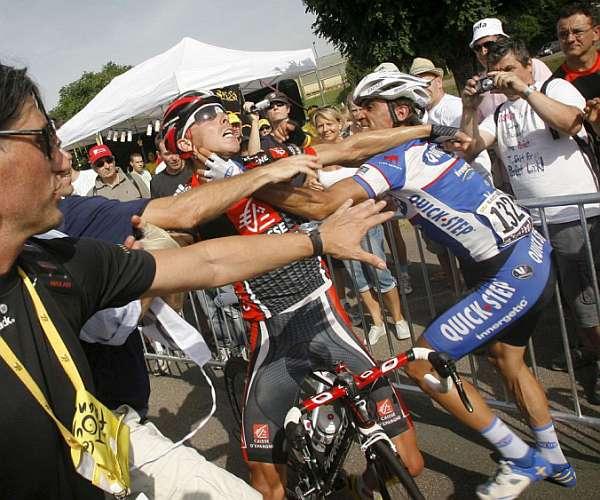 Los enfados más espectaculares de la historia delciclismo