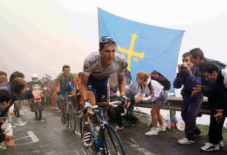 """Jose María """"Chava"""" Jiménez venció en el Angliru la primera vez que se subió, allá por 1999. © La Vuelta"""