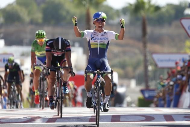 Ewan celebra la que ha sido su mejor victoria como profesional: la quinta etapa de la Vuelta a España 2015. © Tim de Waele