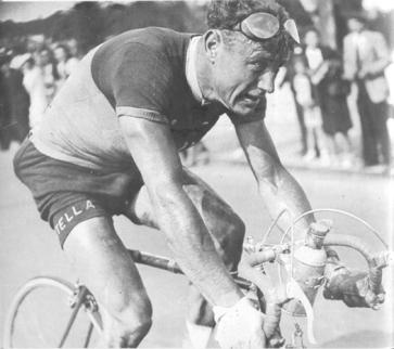1949-PR-Mahe-Andre